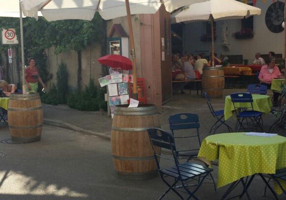 Ihringer Weinfest – Vorbereitungen für die Außenterasse abgeschlossen – 2015